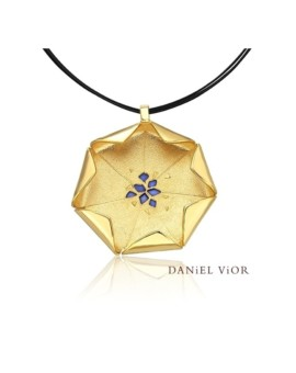 Loto 18ct Gold Handmade Necklace by Daniel Vior