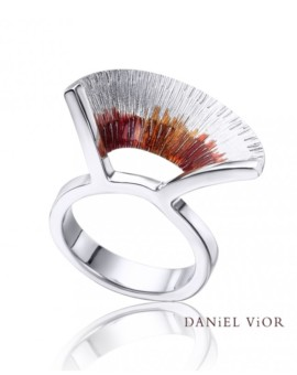 Apoaxis Handmade Silver S Ring by Daniel Vior