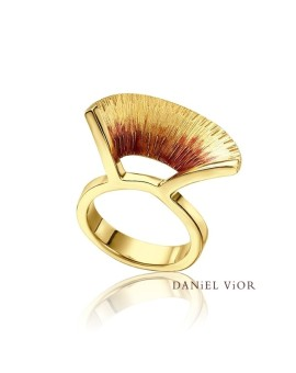 Apoaxis Handmade 18ct Gold S Ring by Daniel Vior