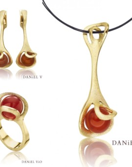 Oblade Carnelian Handmade Collection 18ct Gold by Daniel Vior