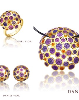 Oantos Handmade 18ct Gold Collection by Daniel Vior
