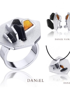 Neix Silver Handmade Onyx Collection by Daniel Vior