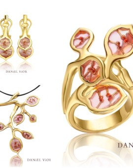 Lunaria 18ct Gold Handmade Collection by Daniel Vior
