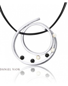 Quias Silver Handmade Opal Necklace by Daniel Vior