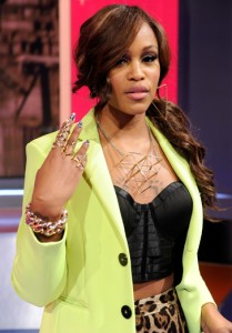 Eve wears the rose gold Link bracelet to Bet Studios in Los Angeles