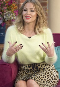 Kimberly Walsh wears the 2 Finger Chain Ring