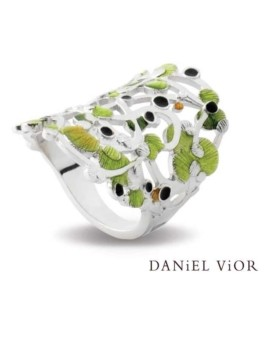 Calicaos Handmade Green Ring by Daniel Vior