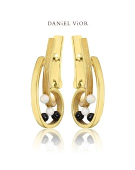 Quias 18ct Gold Handmade Opal Earrings by Daniel Vior