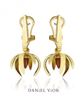 Ceropegia 18ct Gold Handmade Garnet Earrings by Daniel Vior